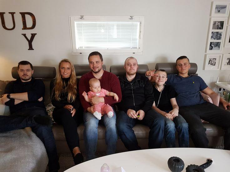mina barnbarn och 1 barnbarnsbarn